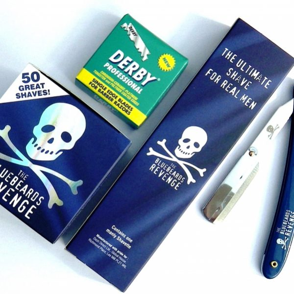 The Bluebeards Revenge Razor Shavette + Shaveing Cream + 100 Derby Pro Blades